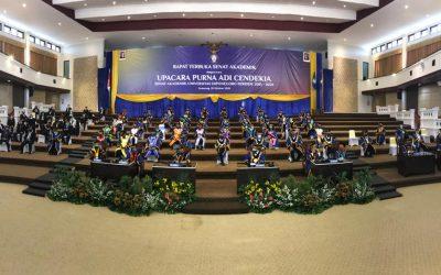 Upacara Purna Adi Cendekia Senat Akademik Periode 2015-2020